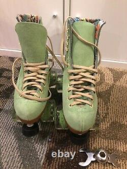 Moxi Lolly Roller Skates Honeydew green Size 6 NEW