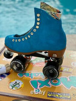 Moxi Roller Skates Lolly Complete Outdoor Pool Blue withSmoke Wheels Sz 5 (W6-6.5)