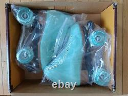 NEW in box Moxi Lolly Roller Skates Size 8 Floss (Light Blue) color