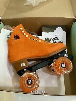 New Moxi Lolly Roller Skates Clementine Orange Suede Size 8 Fits 9-9.5-10