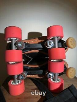 ONE OF A KIND RARE Riedell Torch 495 Roller Derby Skates